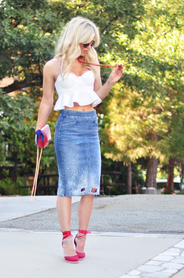 red white and blue outfits_distressed denim pencil skirt_white peplum bustier top