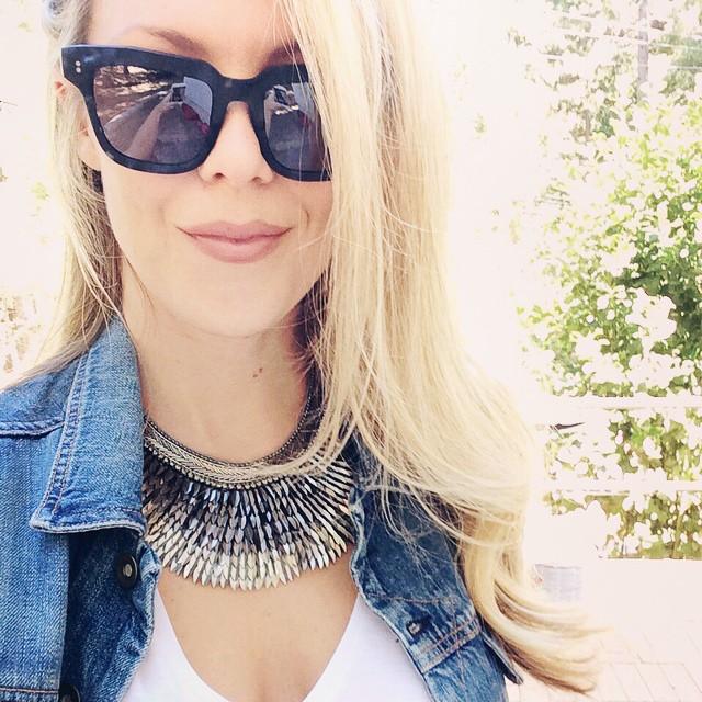 selfie necklace
