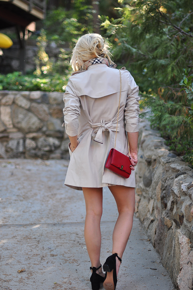 short-burberry-trench-coat
