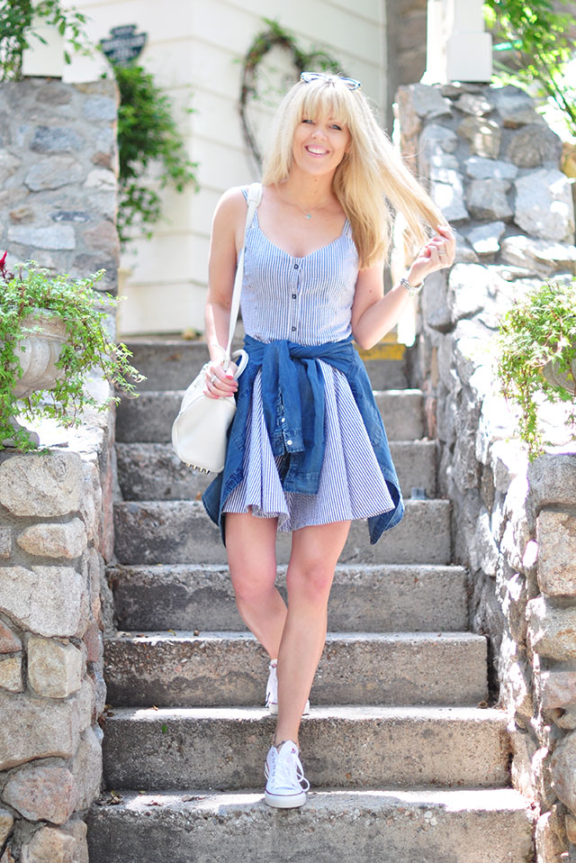 summer dress_sneakers