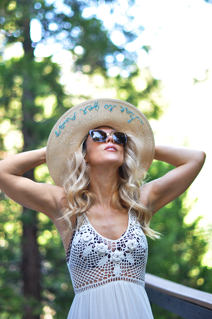 DIY embroidered sunhat - vacation summer style