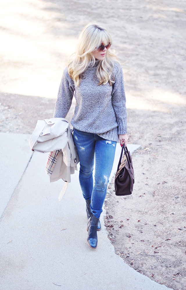 sweater and jeans_boots