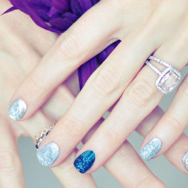textured nails 3