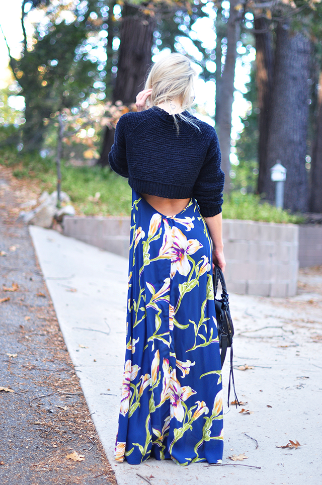 tropical-maxi-dress-with-open-back-and-cropped-sweater-for-fall