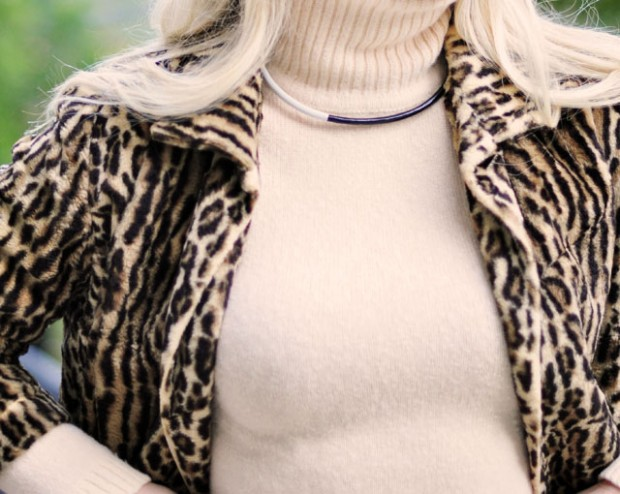 turtleneck and leopard coat