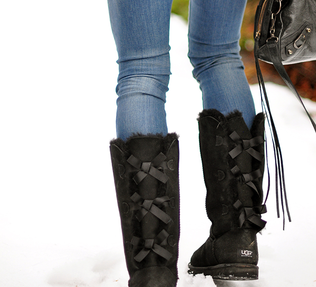 uggs with bows up the back