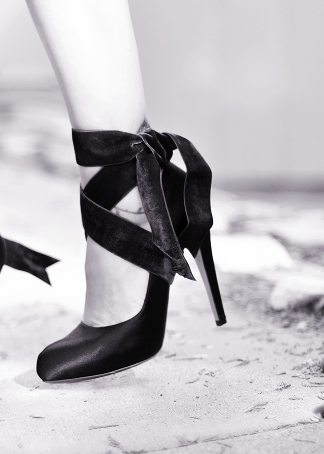 velvet-lace-up-ankle-wrap-heels_2