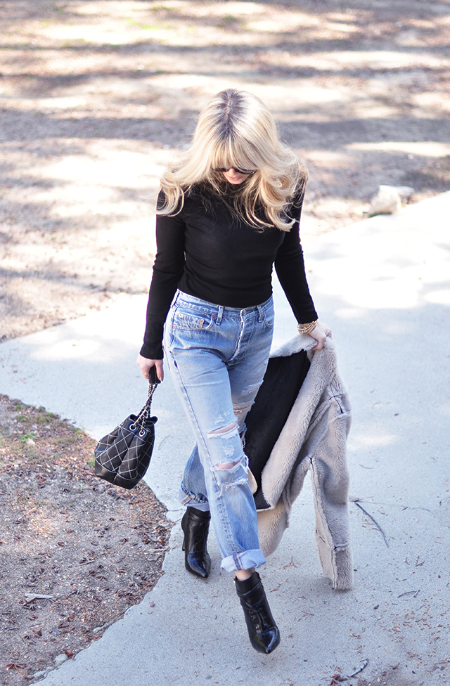 vintage 501s levi's butt in jeans, heart pockets, best jeans butt, with black boots, diy bloggers, love maegan, lake arrowhead