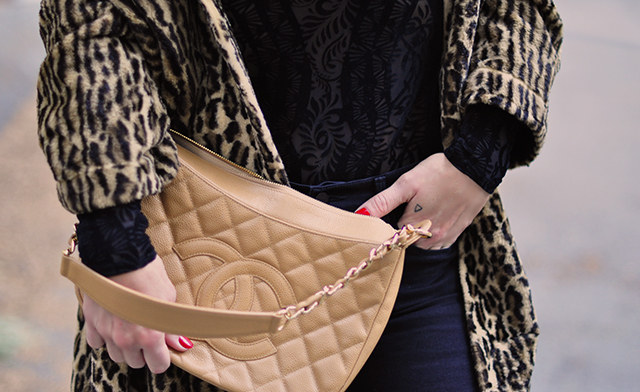vintage-chanel-bag_leopard-coat