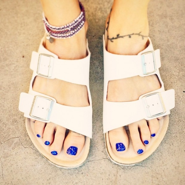 white birkenstocks-anklet-blue toes