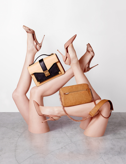 works-of-art-bags-arms-and-legs-sculpture-fashion-still-life-photography-1